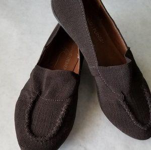 Donald J. Pliner brown stretch loafer 6M